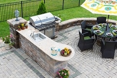 Go beyond Summer BBQ with a Summer kitchen!